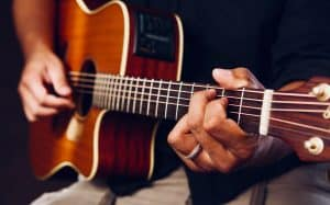 Read more about the article How to Read Guitar Tabs? – Different Symbols Explained!