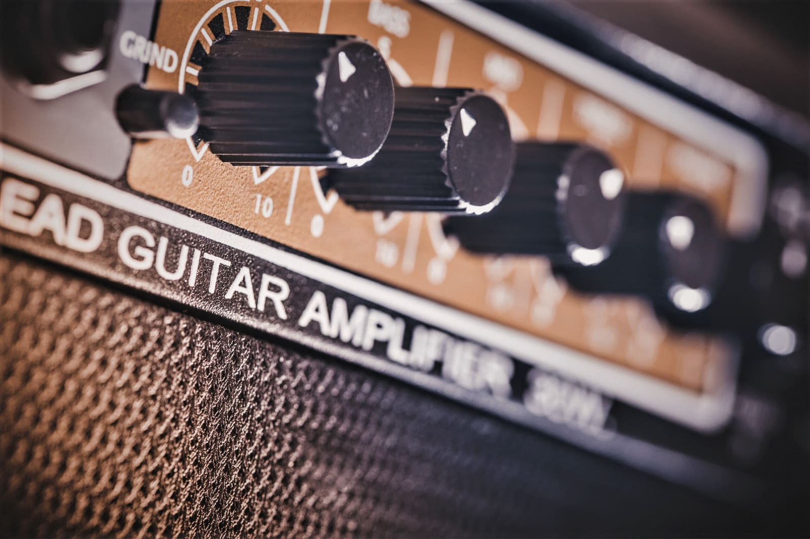You are currently viewing 5 Best 30 Watt Tube Guitar Amps in 2021 – Buyer's Guide