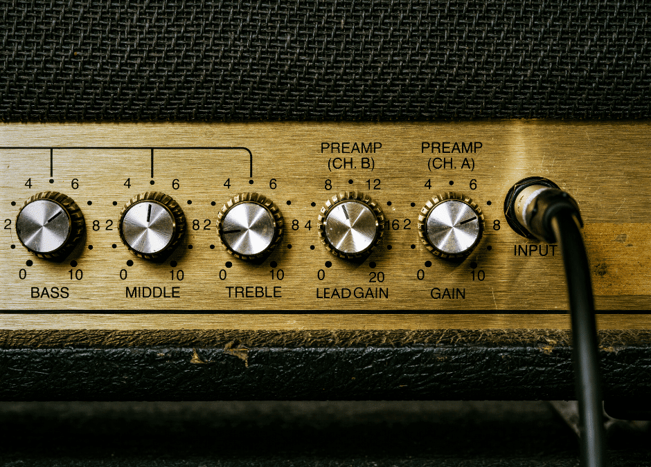 What is Gain on a Guitar Amp? Gain Explained