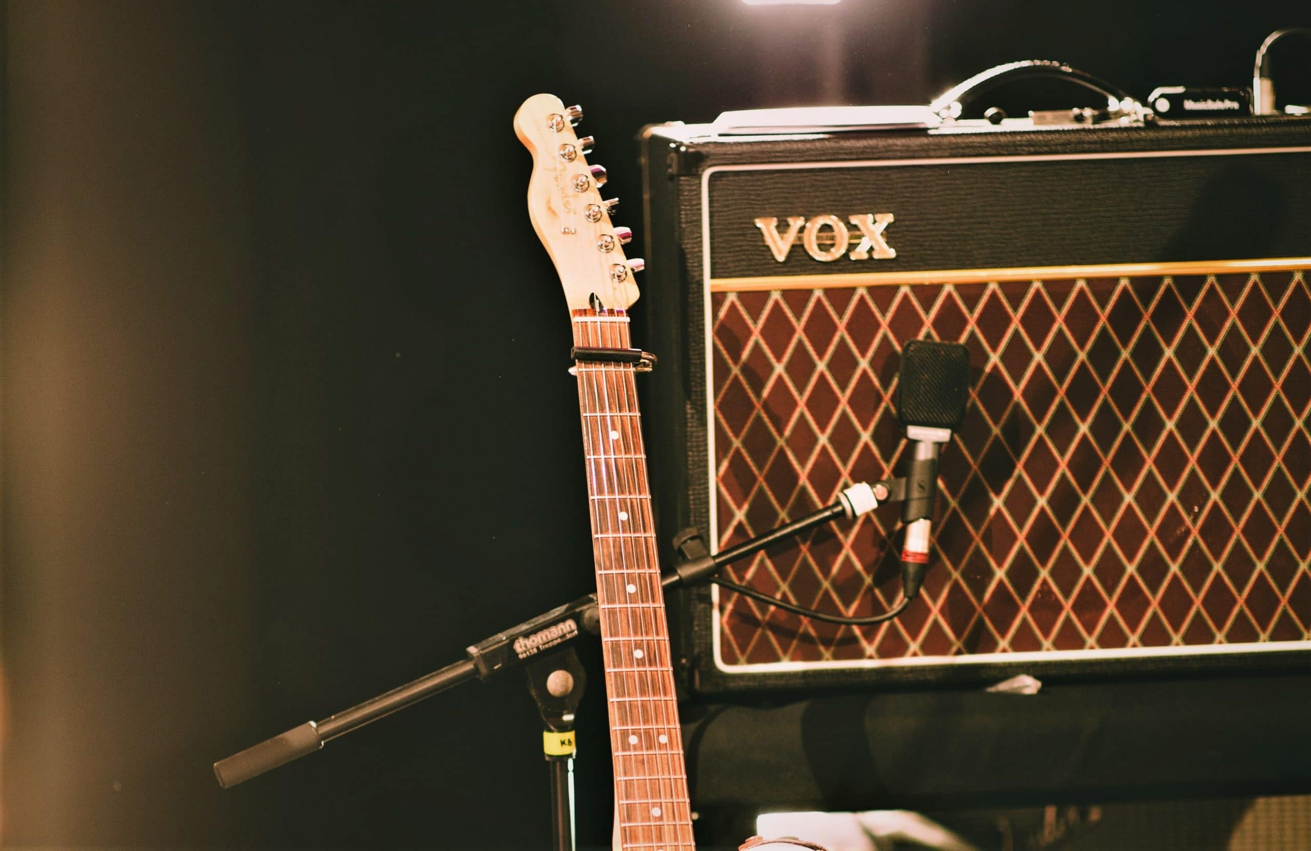 Best Small Modeling Guitar Amp