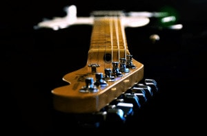 Read more about the article 4 Best 3/4 Electric Guitars in 2021 – Buyer's Guide