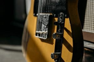 Read more about the article 5 Best Wall Hangers for Telecaster in 2021 (Safe Way to Display Your Gear)