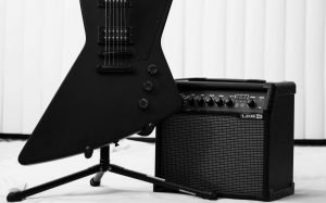 Best Guitar Amp for Small Apartment