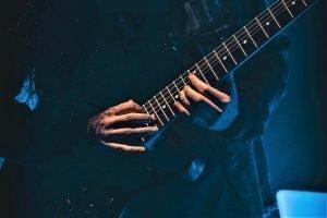 Top 27 Easy Metal Songs on Guitar for Beginners