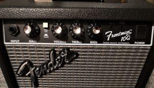 Image displays Fender Frontman 10G Features