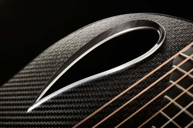 Read more about the article 5 Best Ovation Guitars in 2021 – Are You Ready for Airplane Technology?